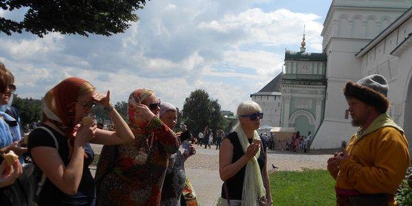 Паломническая поездка в Свято-Троицкую Сергиевую Лавру июль 2016